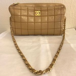 Chanel authentic rare beige lambskin shoulder-bag